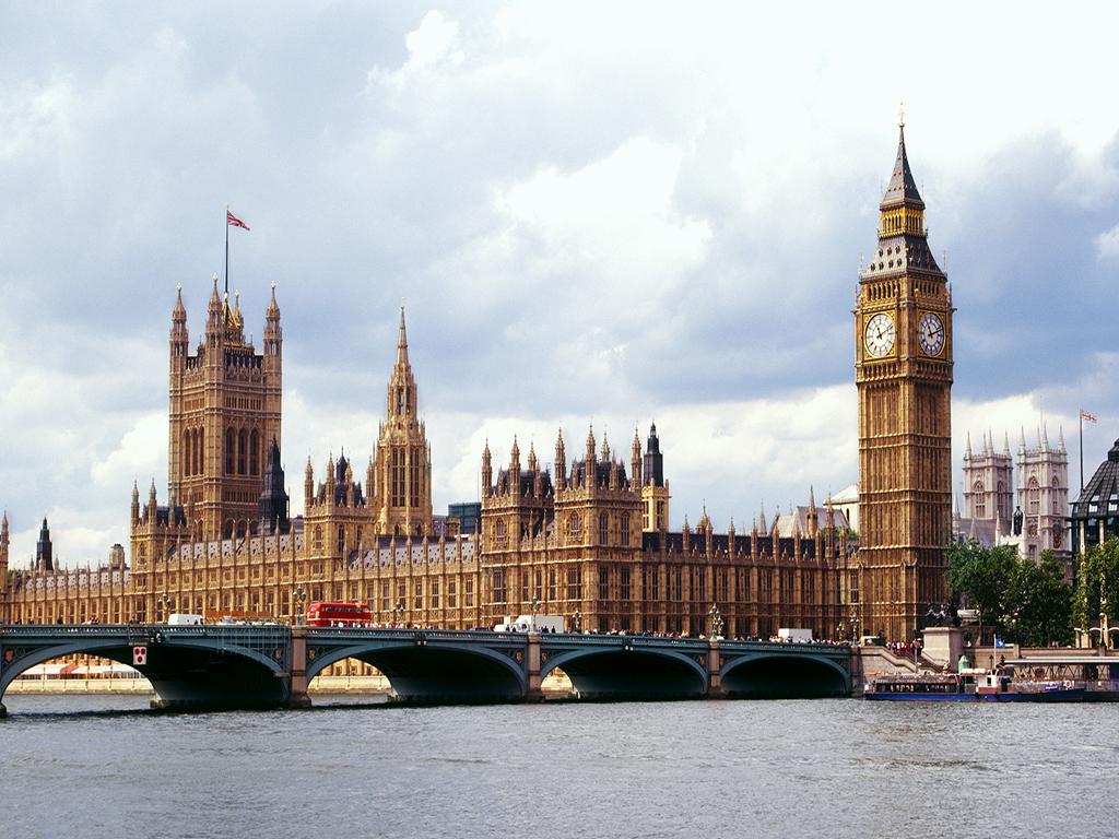 優品英國愛爾蘭_倫敦升級一晚洲際五星+雙學府+雙奧萊+溫莎古堡+健力士+巨人堤