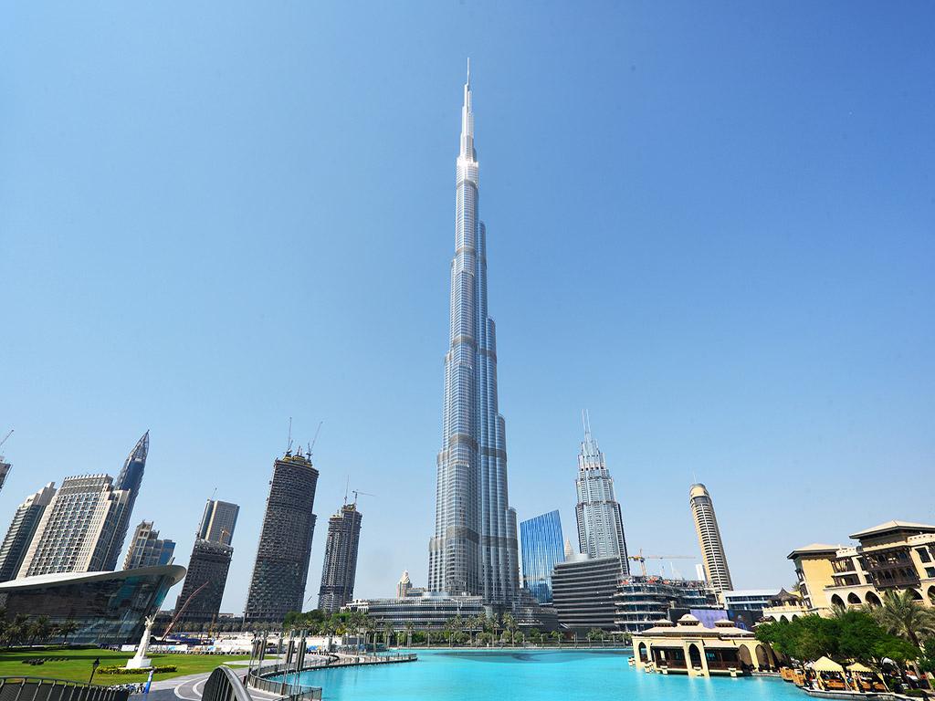 【璀璨洲际】迪拜(无购物+洲际酒店+3D激光秀+阿治曼游览+沙迦游览+沙漠绿洲阿莱茵)